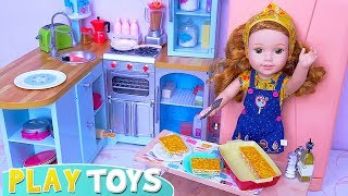 Baby Doll Cooking Pretend Food in Kitchen Toy for Friends Dolls!