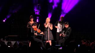 """Kelly Clarkson - """"Don't You Want to Stay"""" Live in Raleigh, NC"""