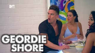 Geordie Shore Season 8 - Holly's Magic Vagina | MTV