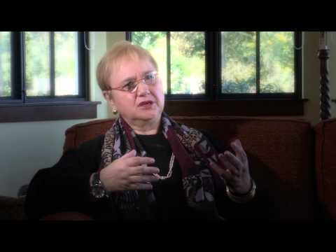 Lidia Bastianich at USF [news] - YouTube