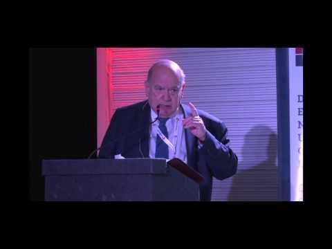 """José Miguel Insulza Salinas: """"Seguimos en deuda en términos de gobernanza, de buen gobierno"""""""