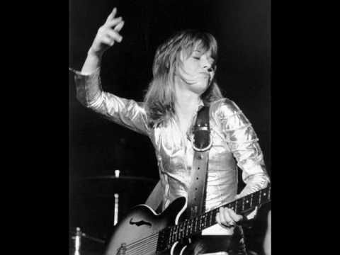 Medley of 48 Crash -  G-Men  - Too Big  / Suzi Quatro LIVE at Rimini in Italy 1975