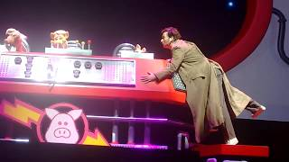 Pigs In Space - Muppets & Dr Who Crossover with David Tennant - Muppets Take The O2 - Full Sketch