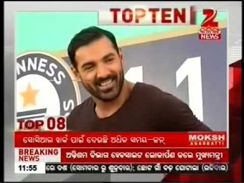 John Abraham felicitates students who helped Bisleri break Guinness World Record