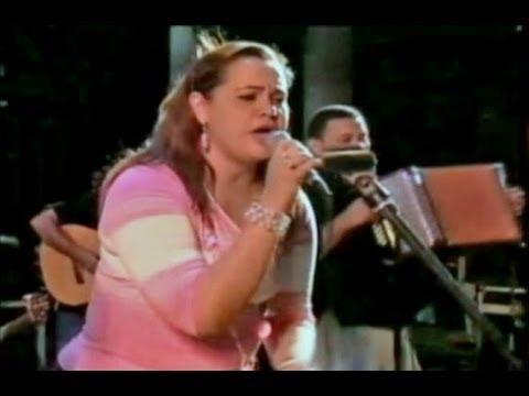 ME ENAMORASTE Sandra Arregocés en Fiesta Celestial.