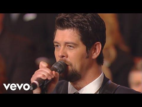 Bill & Gloria Gaither - Sometimes I Cry [Live] ft. Jason Crabb