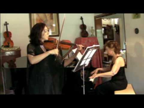Duo de violin y piano : El  Danubio Azul ( J. Strauss)