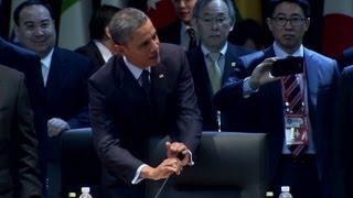 Obama makes light of open mic gaffe