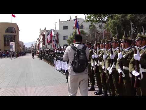 Pie de cueca y desfile militar post Te deum en La Serena