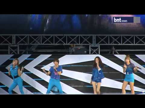 [bntnews] 120818 f(x) (Danger, Greeting, Hot Summer) Highlight - SMTown In Seoul