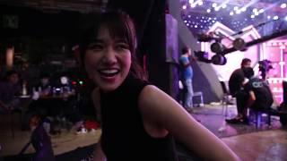 MC Trấn Thành đi quay Đại Chiến Kén Rể nửa đêm mới về tâm sự với Hari.