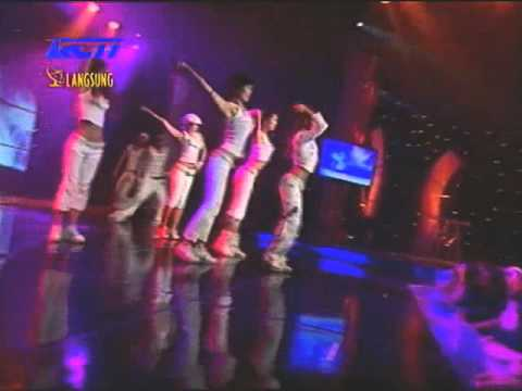 BoA (보아)- AMI Samsung Awards Indonesia 2004 [My Name, No. 1, Valenti]