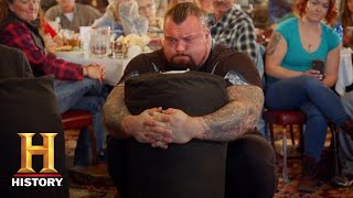 CRUSHING A 400 LB BAG LIFT CHALLENGE: The Strongest Man in History (Season 1) | History