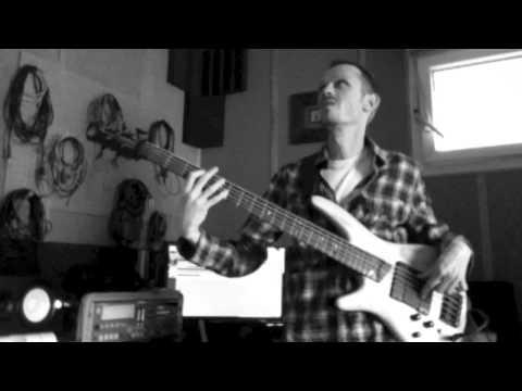 Ibanez SR605 Bass Guitar