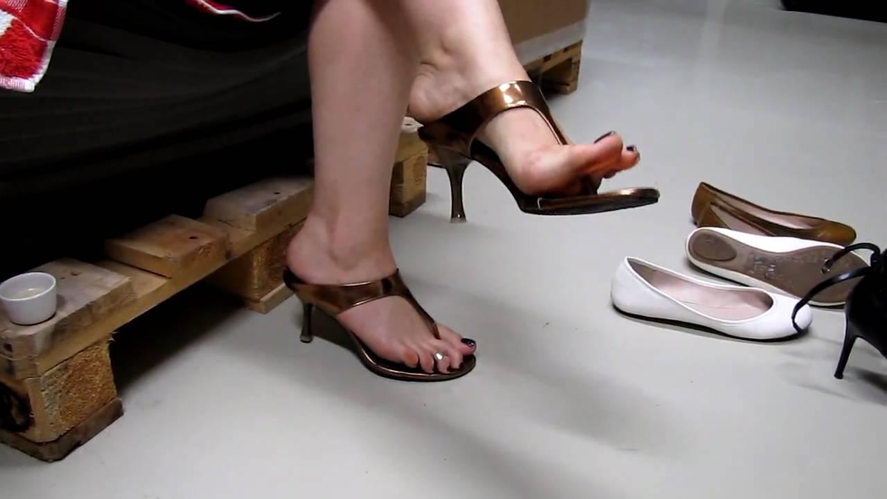 Dangling heels