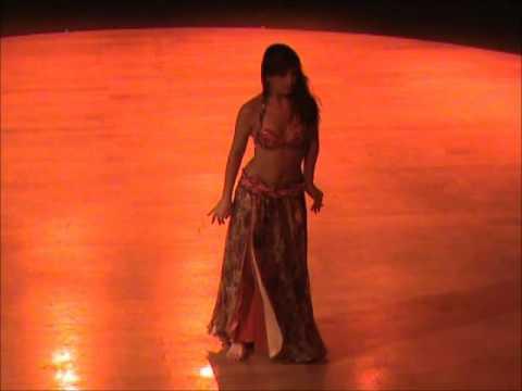 Baixar 2010 - Alquimia entre a dança e a música árabe - Semana das Artes do Corpo