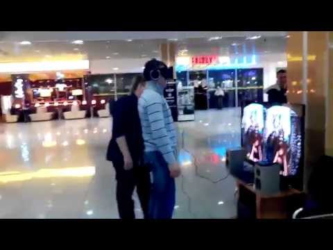 Russian Guy Cannot Deal With The Oculus Rift