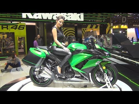 #Kawasaki Z1000SX (2017) Exterior and Interior in 3D
