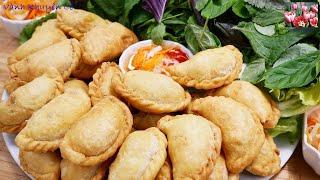 Bánh Thịt Gà - Cách làm Vỏ Bánh Gối / Bánh Xếp Nhân thịt Gà Cà ri ngon tuyệt vời by Vanh Khuyen