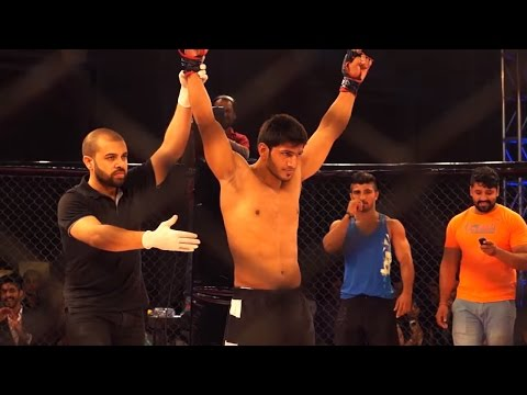 Super Fight League: One Round with Amitesh Chaubey