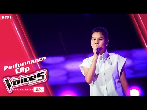 The Voice Thailand - ปลา ระพีพร  - Arthur 's Theme - 9 Oct 2016