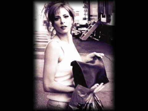 Mylène Farmer - Laisse le vent emporter tout