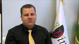 الحكومة العراقية تدعم سعر صرف الدينار مقابل الدولار -