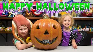 HUGE Trick or Treat Pumpkin Surprise Toys for Boys & Girls Kids Halloween Blind Bags Kinder Playtime