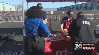 Group Provides Free Lunch For TSA Agents At Oakland International