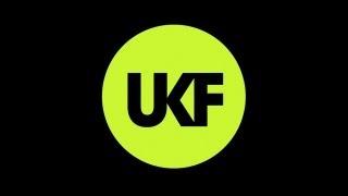 Halogenix - Take The Lead (Ft. Zoe Klinck)