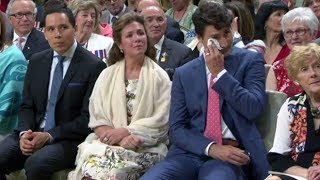 Tom Jackson brings PM Trudeau to tears