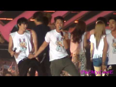 [HD] 120922 SMTown in Jakarta - Ending (Yunho Focus)