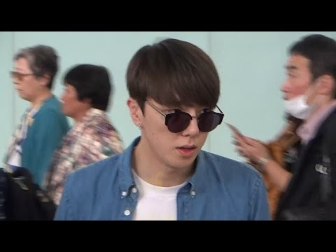 EXO Dance Tutor - Kasper 金泰宇Kim Tae Woo(김태우) Arrived Hong Kong Airport 20160513