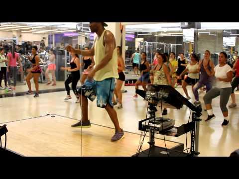 Baixar Rogerio FILHOS DO SOL ensinando a dançar a música Raiz de Todo Bem