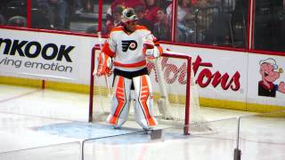 Ray Emery warms up during the Flyers @ Senators hockey game