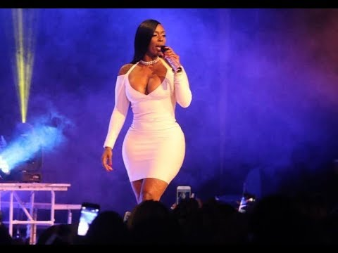 Kashdoll Gives Nicki Minaj A Run For Her Money Crowned Thickest Rapper In The Game