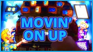 🍹 #BRUNK with JULIE 🍔 Movin' on UP ⬆! 💰✦ BONUSES on MAX Bet! ✦ Slot Machines w Brian Christopher