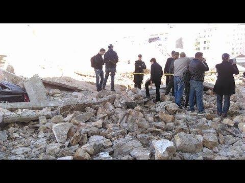 شهود عيان يروون تفاصيل مفجعة عن سقوط سور فوق رؤوس المارة بالدار البيضاء