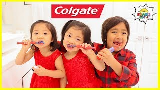 Ryan Learns To Brush Teeth with Emma and Kate!!!!