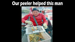 Pineapple peeler may be the fastest manual peeler in the world