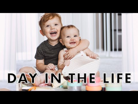 DAY IN THE LIFE | NEW TOYS + BABY CLOTHES!