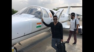 Allu Arjun gets Grand Welcome at Rajahmundry Airport..