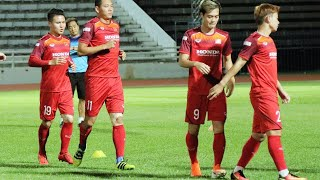 Tuấn Anh, Quang Hải và ĐT Việt Nam hào hứng trong buổi tập trước thềm chung kết King's Cup 2019