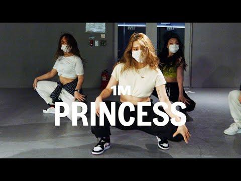 Pia Mia - Princess / Youn Choreography