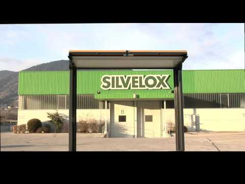 Silvelox Overlap Trackless Garage Door
