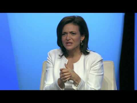 BlogHer '13 - Sheryl Sandberg and Lisa Stone - YouTube