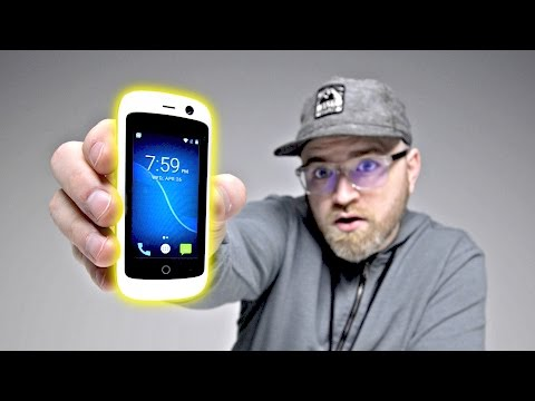 Unboxing The World's Smallest 4G Smartphone