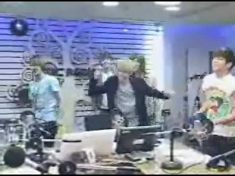 [120328] SHINee 샤이니 Dorks Random Sherlock Dances