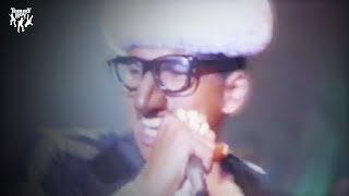 Digital Underground - The Humpty Dance (Official Music Video)