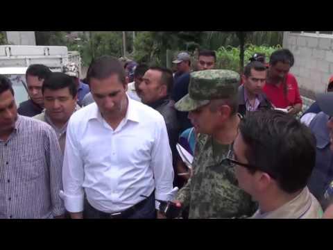Rafael Moreno Valle recorre zona afectada por Earl